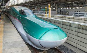 東北新幹線E5系「はやぶさ」