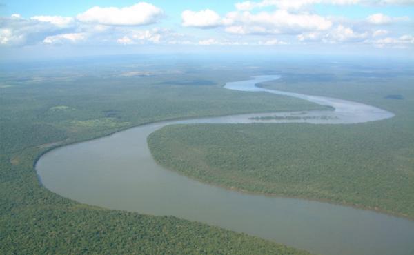 アマゾン川